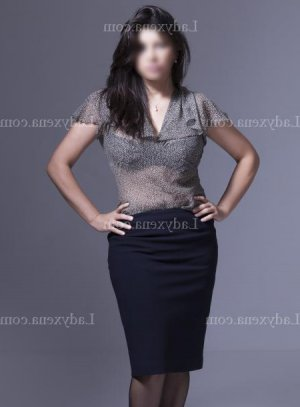 Yohanna massage tantrique escort