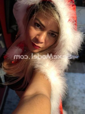 Lizbeth escort girl à Dechy