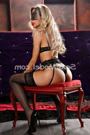 Lyhanna lovesita massage sexe escorte girl